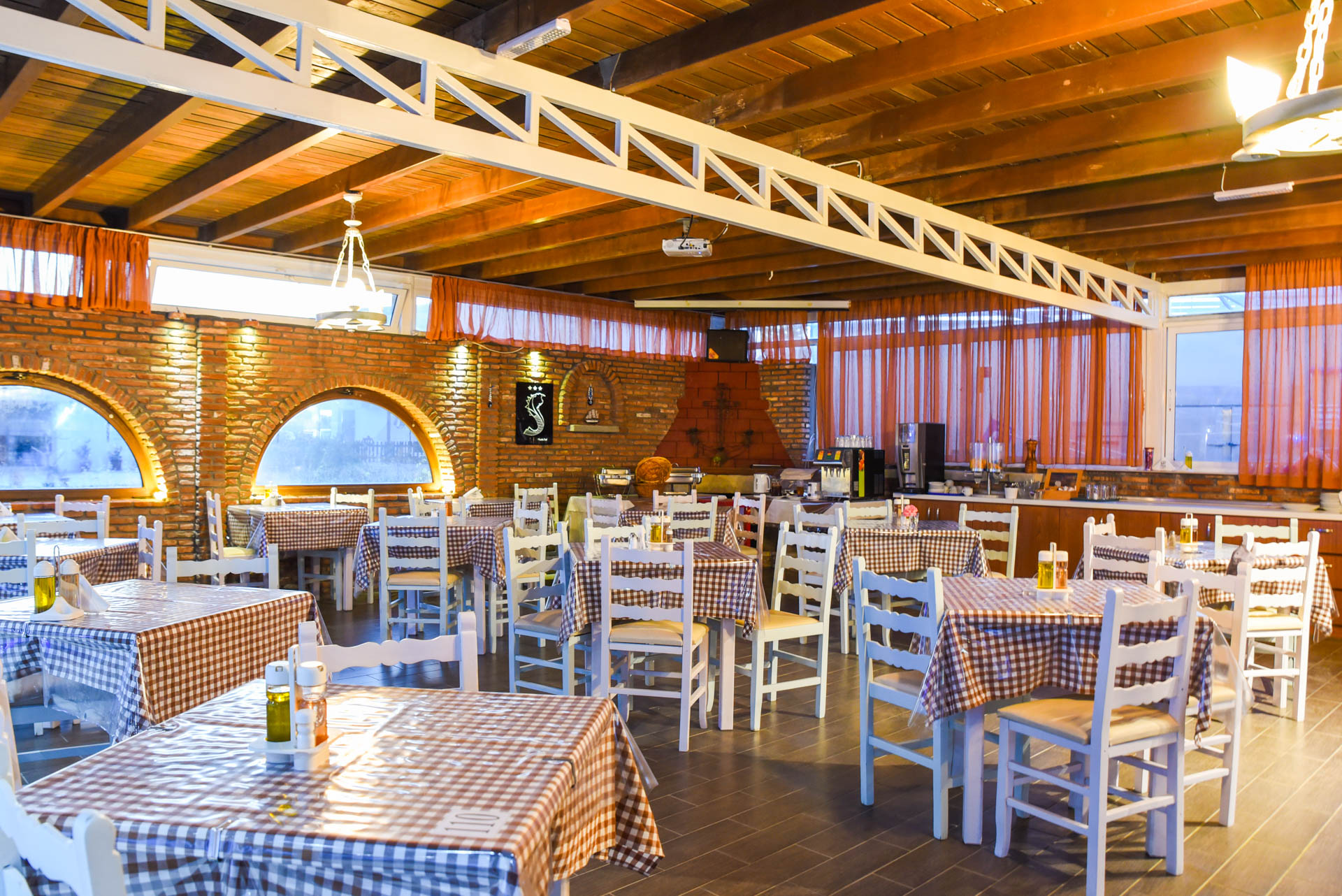Gallery antonios restaurant kefalos kos for Antonio s italian cuisine